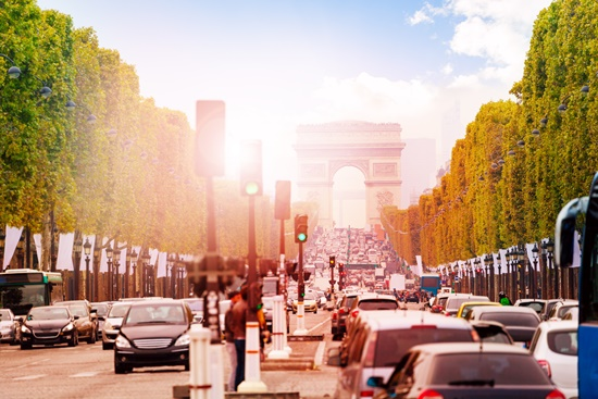 blog-ceabs-franca-vai-banir-veiculos-antigos-ruas-parisienses