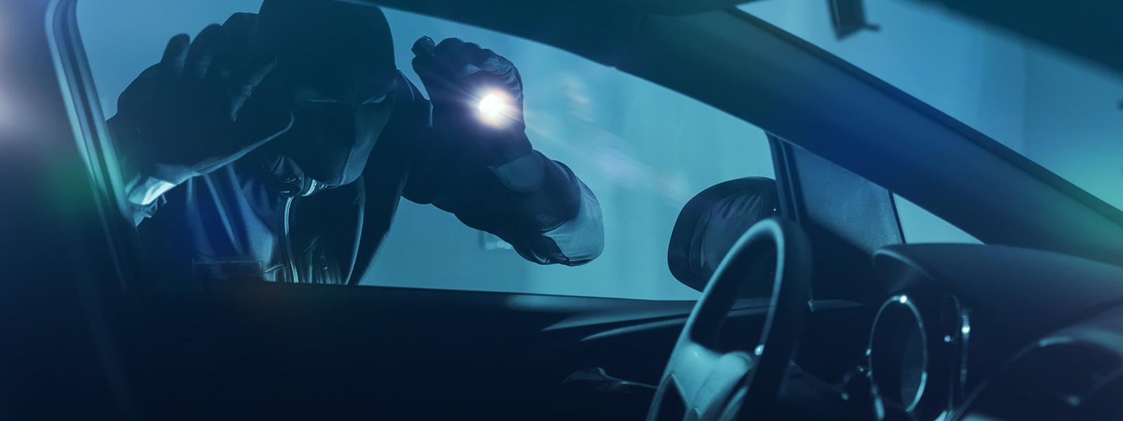 blog-ceabs-cinco-itens-inibem-acao-ladroes-carros
