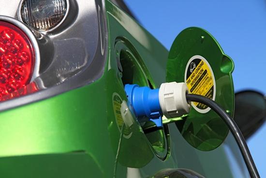 combustivel-terao-recarga-carros-eletricos-bmw-blog-ceabs-postos