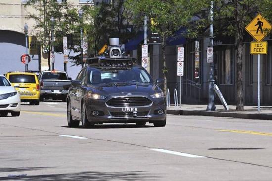 ceabs-blog-carros-autonomos-uber-estao-testes-california