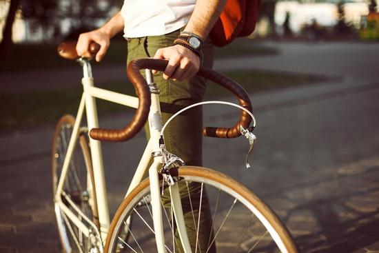 nausea-em-quem-tenta-roubar-blog-ceabs-cadeado-bicicleta-provoca