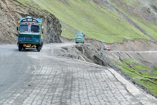 perigosas-mundo-passagem-zoji-la-blog-ceabs-estradas-mais